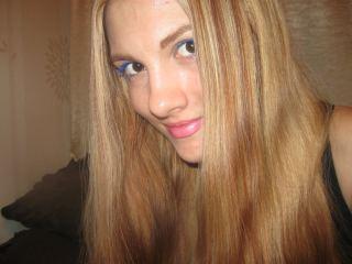 Indexed Webcam Grab of _adriana_