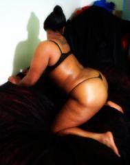 Indexed Webcam Grab of Honey_kisses
