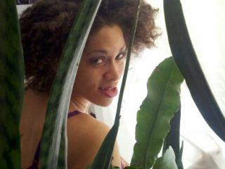 Indexed Webcam Grab of Goddessrachel