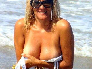 Indexed Webcam Grab of Bridgeteisback
