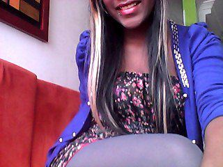 Indexed Webcam Grab of Mikaelaxxx