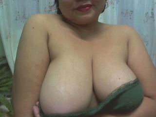 Indexed Webcam Grab of Asiandarling