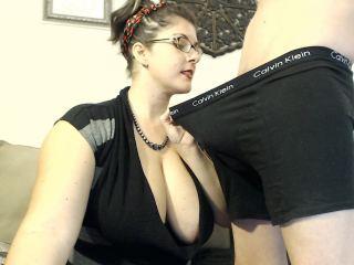 Indexed Webcam Grab of Violethayes