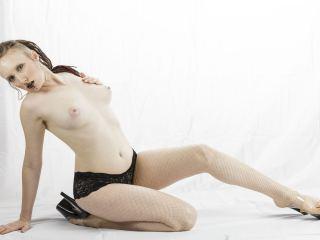 Indexed Webcam Grab of Isabelledivine