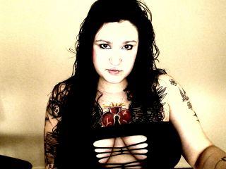Indexed Webcam Grab of Tattooedsinner