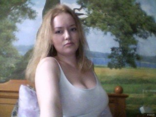 Indexed Webcam Grab of Ki_bella
