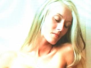 Indexed Webcam Grab of Shaylove_drew