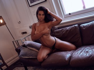 Indexed Webcam Grab of Nicolle_knight